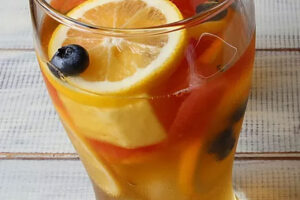 Blueberry-Lemon-Iced-Tea
